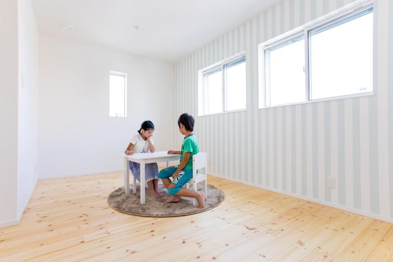 堺市 新築 子供部屋 壁紙