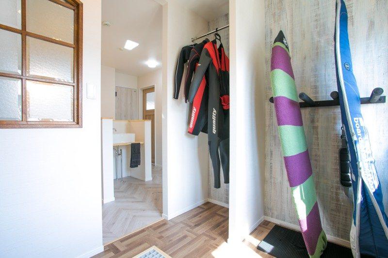 注文住宅 ママらくだ 趣味の部屋 サーフィン用具