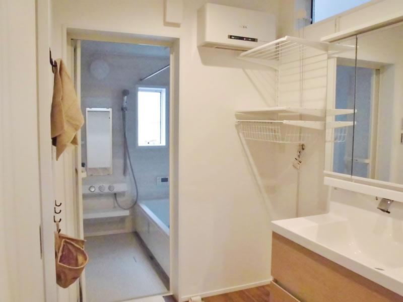 注文住宅 お風呂 洗面 たっぷりの収納