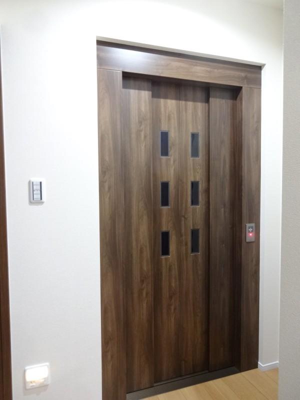 堺市北区 新築 注文住宅 施工例 エレベーター