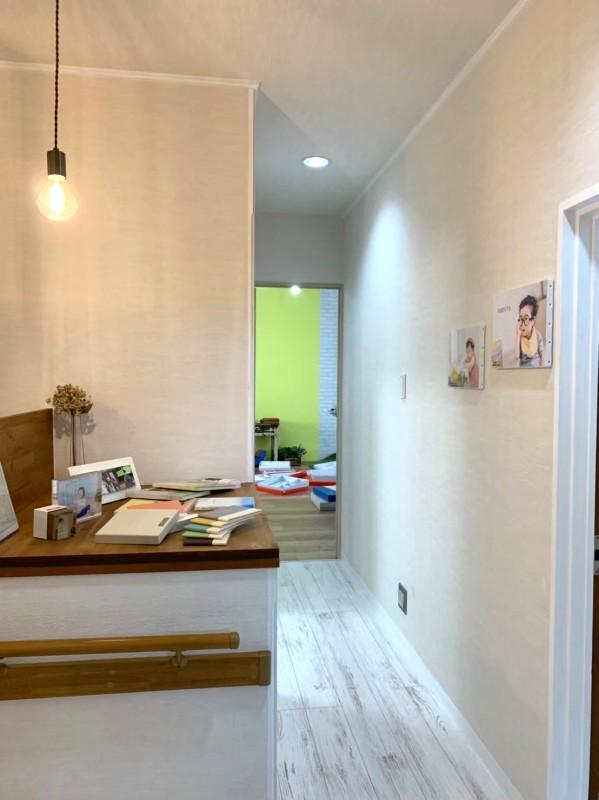 堺市 リノベーション 施工例 ディスプレイ棚とスタジオ