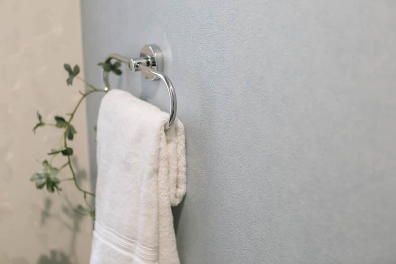 新築注文住宅 堺市西区 トイレのタオル掛け