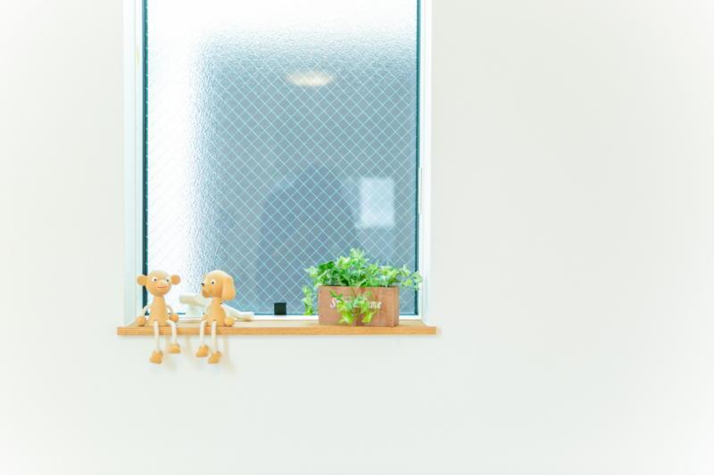 新築注文住宅 堺市北区 スリット窓 お洒落な雑貨