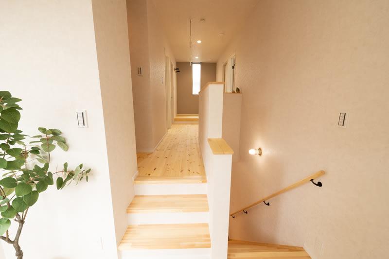 注文住宅 キップフロアから二階へ