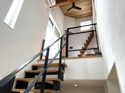 堺市北区大豆塚町  新築注文住宅 鉄骨(アイアン)階段